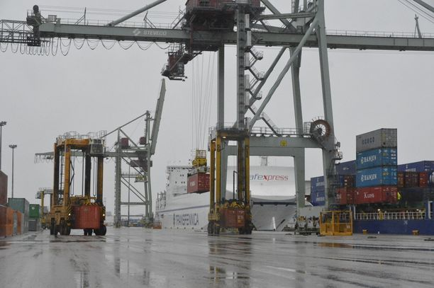 Vaaratilanne tapahtui lauantai-iltana Kotkan Mussalon satamassa.