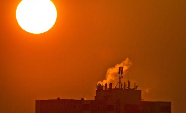 Ilmastonmuutoksen takia Yhdysvaltojen on pakko leikata hiilipäästöjään, toteaa 1000 sivuinen raportti, jonka tekemiseen osallistui noin 300 asiantuntijaa.