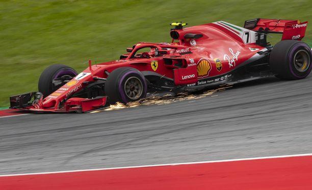 Kimi Räikkönen tarvitsee nappionnistumista tavoitellakseen Itävallan GP:ssä kärkisijoja.