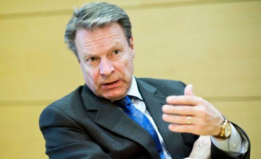 Ilkka Kanerva on tehnyt ennätyksellisen pitkän uran kansanedustajana.