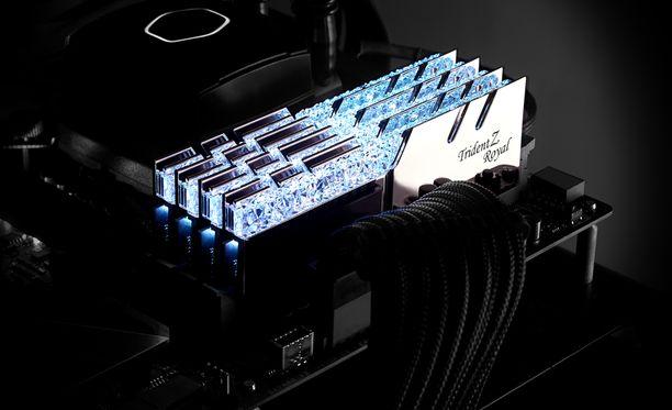 G.Skill Trident Z Royal -muistit ovat paitsi päheän näköisiä myös markkinoiden nopeinta luokkaa. Tarjolla on 4 800 megahertsiin yltävä versio.