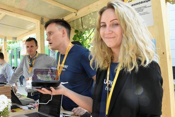 Projektipäällikkö Nadia Noskovan mukaan Hudwayn etu kilpailijoihin on paitsi hinta myös tuotteen helppokäyttöisyys.