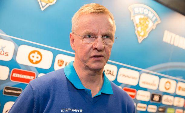 Kari Jalonen ei lämpene World Cupissa nähtävälle Euroopan tähdistöremmille.