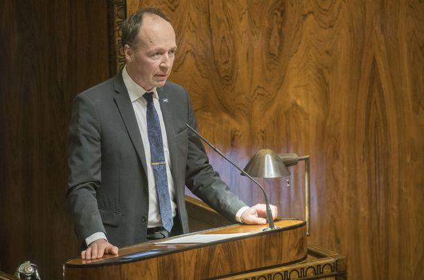 Jussi Halla-ahon johtama perussuomalaiset on selvästi suurin puolue myös tuoreimmassa HS-gallupissa.