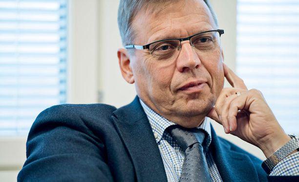Pitkän uran ay-liikkeessä tehnyt Lauri Lyly on Tampereen uusi pormestari.