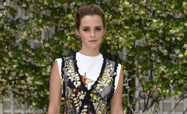 Emma kaipailee sormuksiaan.