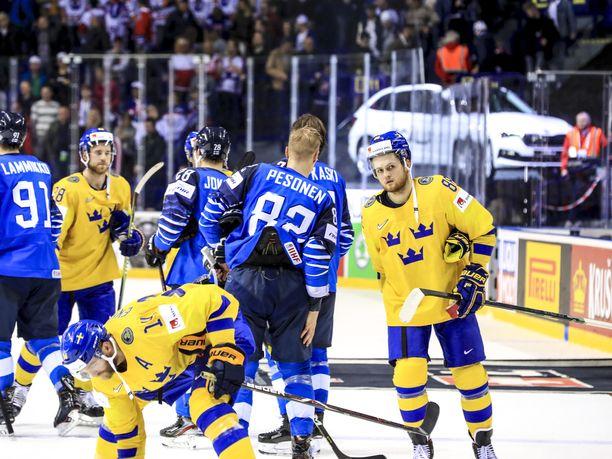 Suomi kaatoi Ruotsin MM-puolivälierässä 5-4.