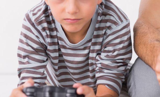 8-vuotias Veeti aiheutti kahdessa viikossa lähes 500 euron laskun tietämättään.