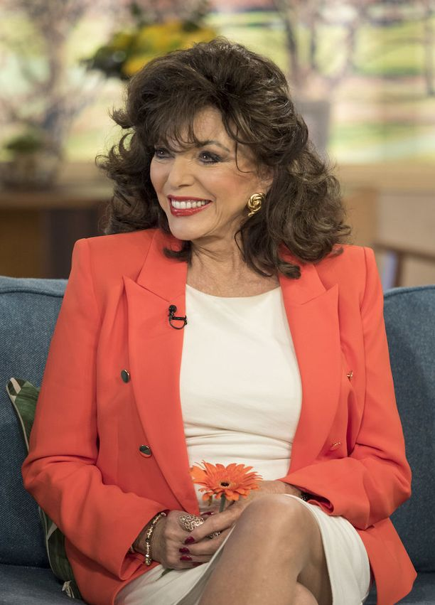 Joan Collins vieraili torstaina aamu-tv-lähetyksessä.