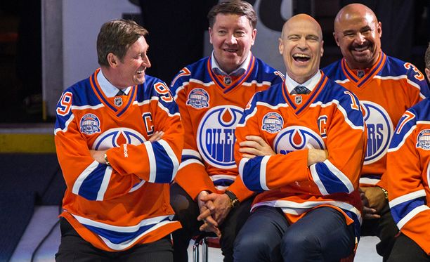 Edmonton Oilers dominoi 80-lukua. Kuvassa Wayne Gretzky, Jari Kurri, Mark Messier ja Grant Fuhr.