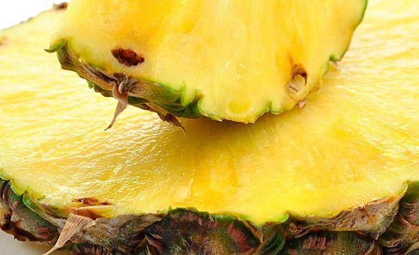 Evira varoittaa kuivatusta ananaksesta.