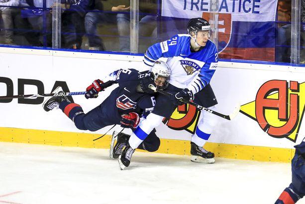 Kaapo Kakosta voi tulla ensimmäinen suomalainen NHL-ykkösvaraus.