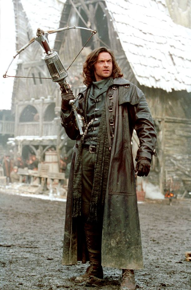 Assosiaatioita ei voi välttää: Hugh Jackman esitti nahkatakkista Van Helsingiä samannimisessä elokuvassa vuonna 2004.