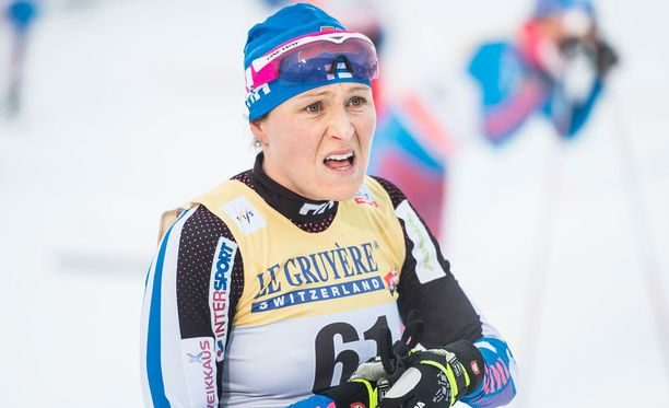 Aino-Kaisa Saarinen haluaa sääntöjen mukaisen rangaistuksen Therese Johaugille.