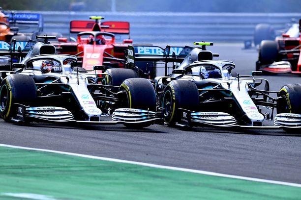 Unkarin viranomaiset lähettivät F1-talleille muistion koronarajoitusten rikkomisesta.