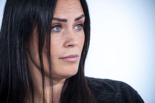 Martina Aitolehti nähdään Iholla-sarjan tulevalla kaudella.
