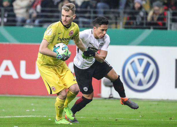 Lukas Hradeckylla on mahdollisuus yltää jopa Mestarien liigaan Frankfurtin kanssa. Iltalehti esittää Bundesligan huippupelejä.