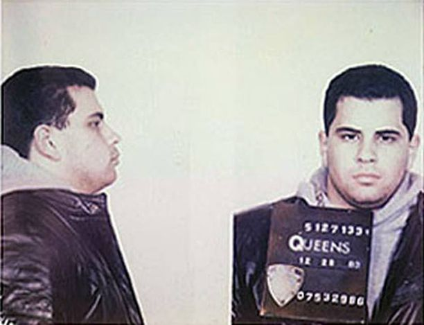 John A. Gottin isä joutui vankilaan 1992 ja johtoon nousi nuori ja kokematon poika.