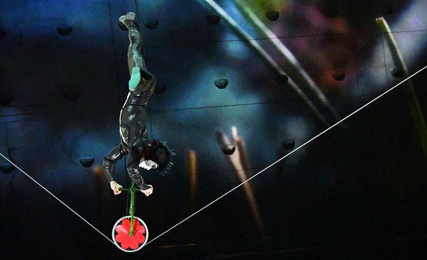 Cirque du Soleilin esitykset ovat maailmankuuluja. Kuva ei liity onnettomuustapaukseen.