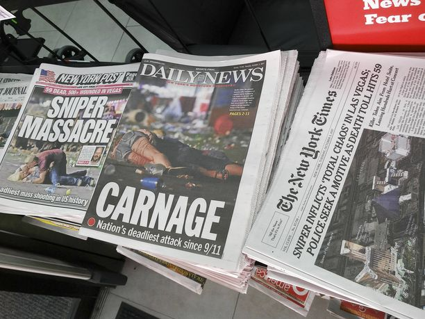 Las Vegasin tapahtumat pakottavat taas kysymään miksi? Voisiko järjettömiä veritekoja ehkäistä aselakeja kiristämällä?