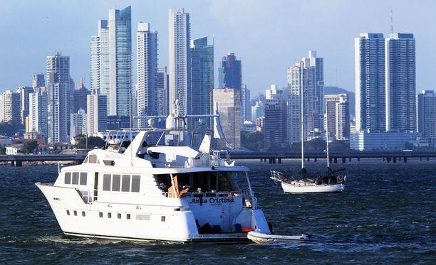 Panama City kuvattuna mereltä.