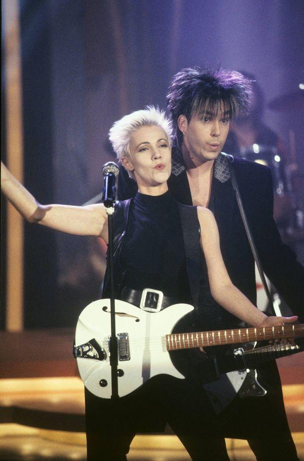 Marie Fredriksson ja Per Gessle Roxetten suosion huipulla vuonna 1991. Tässä vihellellään Joyride-kappaletta.