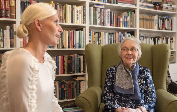 Pia Saloselle ja Stellan Minna Melkolle on yli viiden vuoden aikana ehtinyt kehittyä läheinen hoitosuhde.
