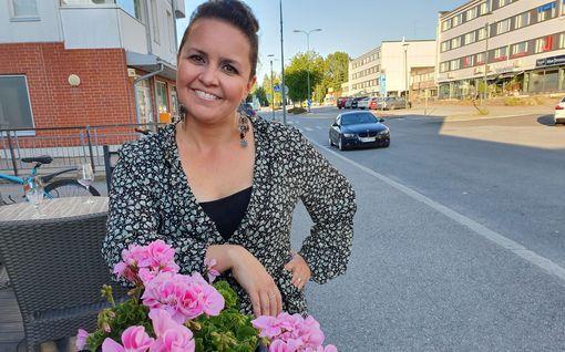 Ex-tangokuningatar Johanna Debreczenin pettymys: pakit jo kahdeksasta musikaaliroolista