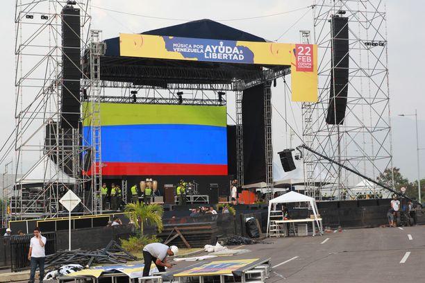 Konsertti pyrkii vetoamaan Maduroon avun saamiseksi.