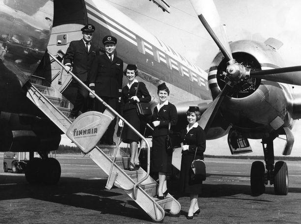 Näin tyylikkäällä miehistöllä on ennen lennetty.