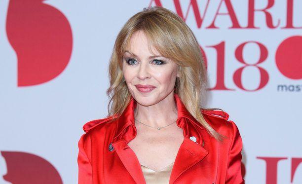 Kylie Minoguen kihlaus päättyi eroon ja sydänsuruihin.