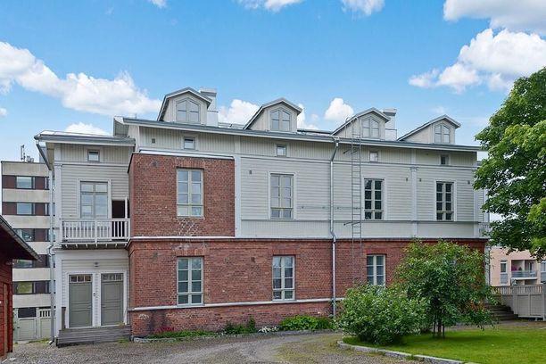 Nälkälinna on vuonna 1884 hirrestä ja tiilestä rakennettu talo.