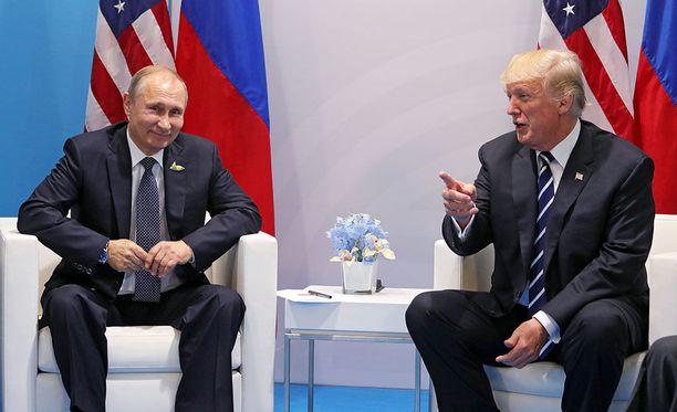 Vladimir Putin ja Donald Trump tapasivat ensimmäisen kerran Hampurissa viime heinäkuussa.