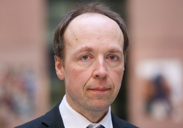 Jussi Halla-aho on ilmoittanut pyrkivänsä todennäköisesti perussuomalaisten puheenjohtajaksi kesän puoluekokouksessa.