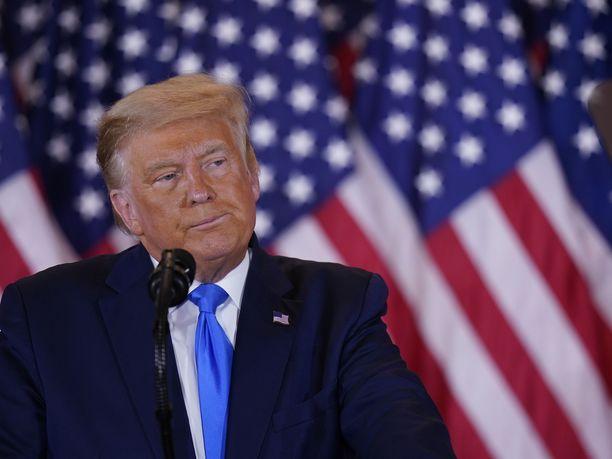 Asiantuntijat uskovat, että Donald Trump saattaa vuotaa salaisiksi luokiteltuja tietoja virkakautensa jälkeen.