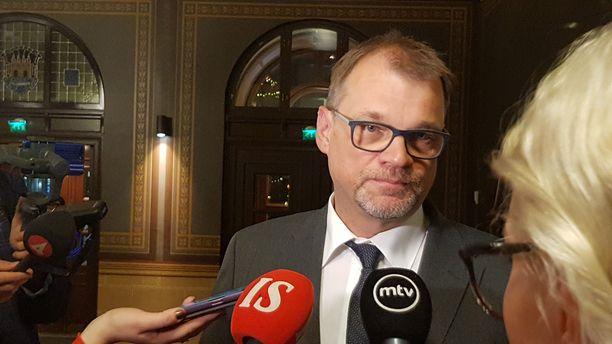 Pääministeri Juha Sipilä kommentoi Oulun seksuaalirikosten vyyhtiä viikonloppuna.