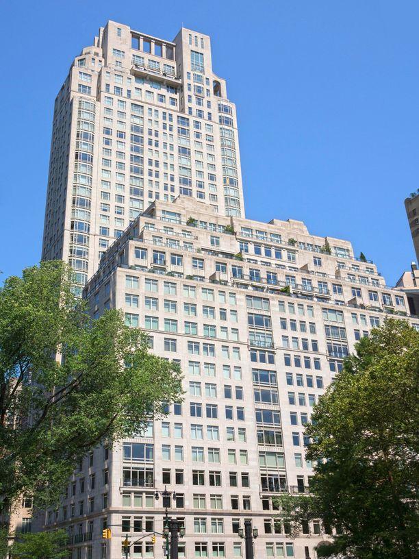 Stingin ja Trudie Stylerin 500 neliön luksusasunto sijaitsee tässä talossa.