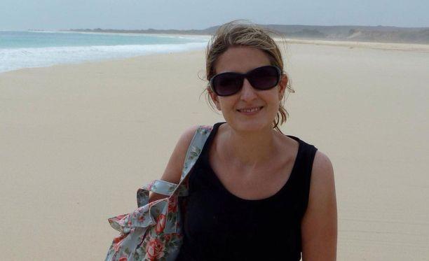 Eloise Dixon, 46, joutui väkivaltaisen hyökkäyksen kohteeksi Brasiliassa.