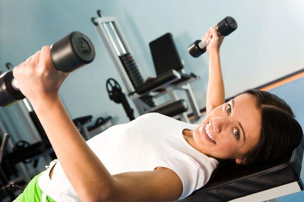 Erityisesti aloittelijoille kevyemmät painot toimivat hyvin, jos tankoa ei ole.