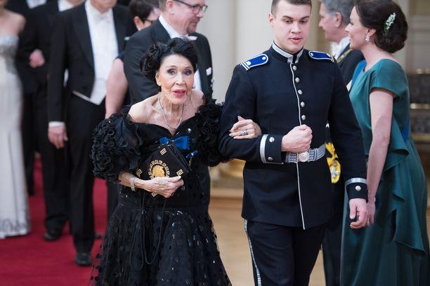 Kirsti Paakkanen Linnan juhlissa vuonna 2017.