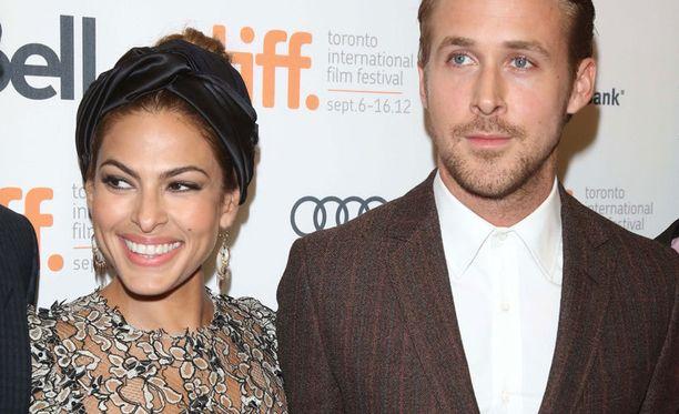 Eva Mendesin ja Ryan Goslingin parisuhde on ollut toisinaan vuoristorataa. Pariskunta on jo ennättänyt kertaalleen erota ja palata takaisin yhteen.
