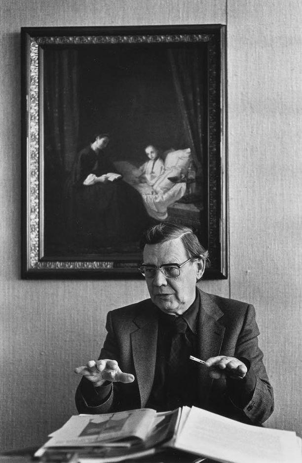 Neurologian professori Erkki Kivalo oli yksi presidentti Urho Kekkosen lääkäreistä. Kuva 1980-luvulta.