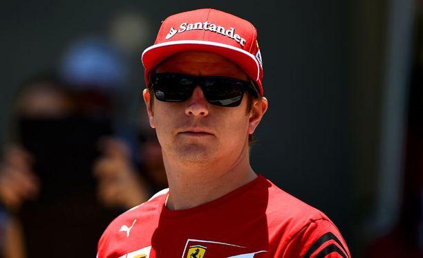 Kimi Räikkönen sinnitteli pitkään yhdellä rengassetillä.