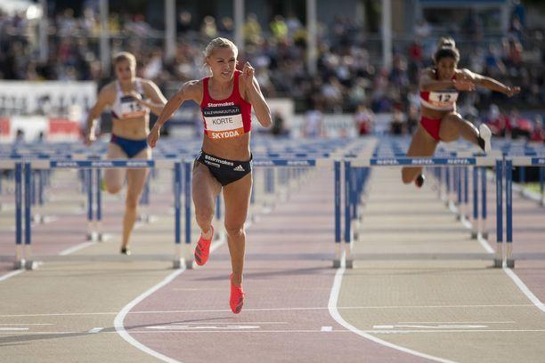 Annimari Korte juoksi perjantaina Turussa 12,81 Kalevan kisojen alkuerässä.