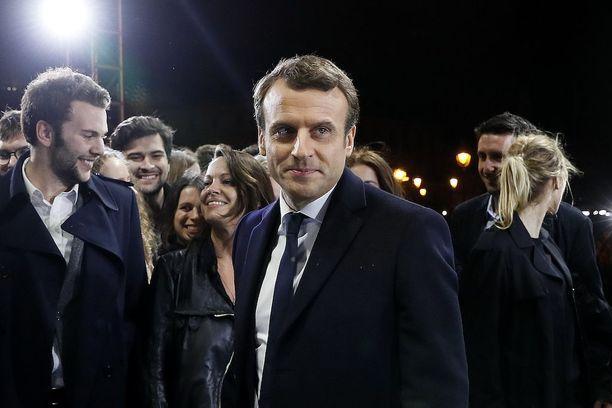 Emmanuel Macronilla on edessään melkoinen työsarka.