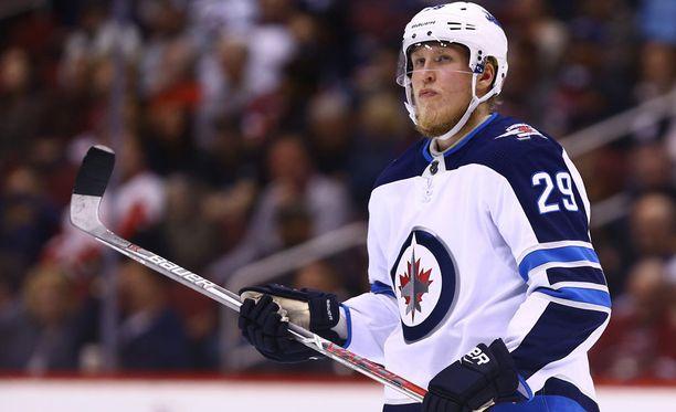 Patrik Laine pelaa sunnuntaina 100. NHL-ottelunsa. Ura on alkanut eurooppalaismittapuulla harvinaisen tehokkaasti.