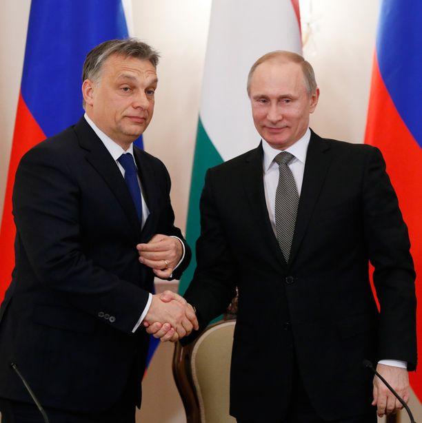Viktor Orban ja Vladimir Putin sopivat energiayhteistyöstä jo tammikuussa.