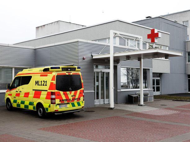 Lakiuudistus antaisi hoitohenkilökunnalle oikeuden käyttää pakkokeinoja potilaita kohtaan.