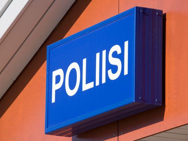 Poliisi pyytää vihjettä liittyen Espoon Soukan ryöstöön ja huijausyritykseen. Kuvituskuva.