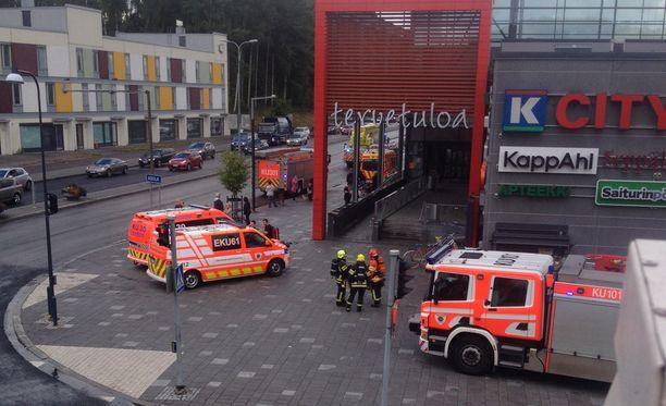 K-citymarket evakuoitiin Vantaalla perjantaina.